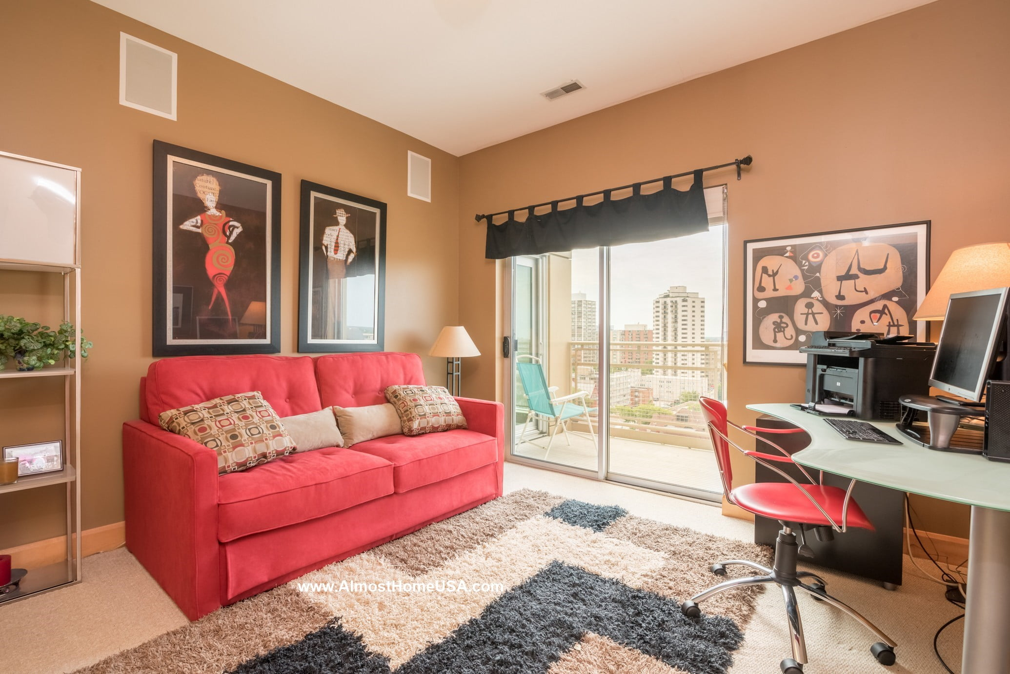Downtown milwaukee fully furnished two bedroom penthouse apartment almost home corporate for Milwaukee 1 bedroom apartments